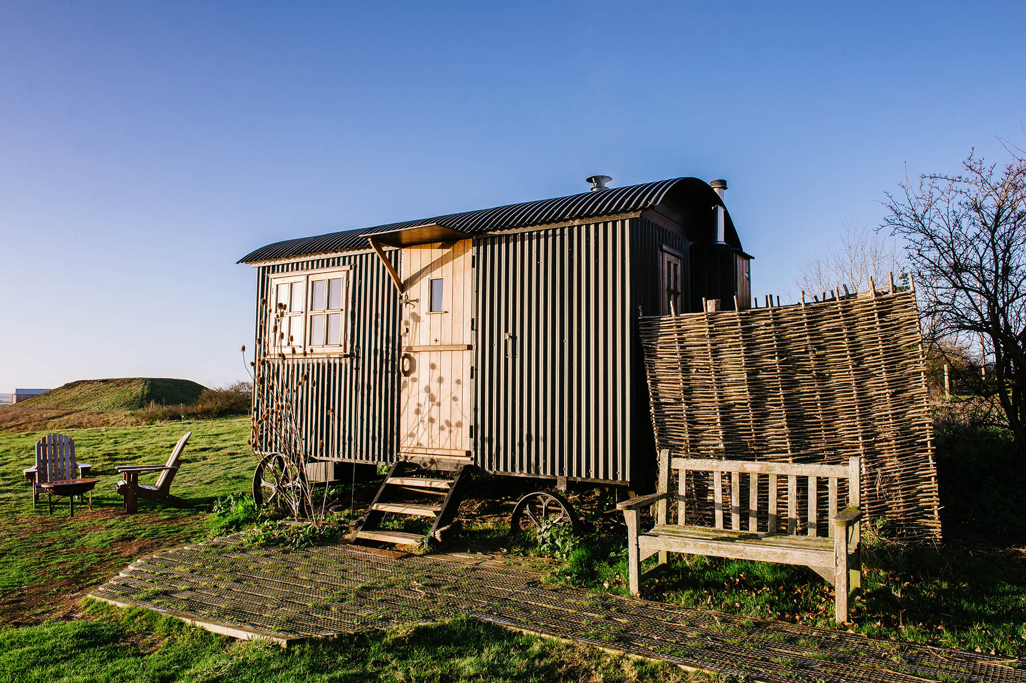 Elmley - our cosy stay in a Shepherds Hut surrounded by nature